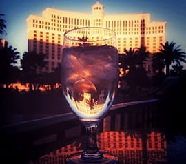 Die Springbrunnen im Bellagio und eines der Spitzencasinos mit hohen Einsätzen in Vegas